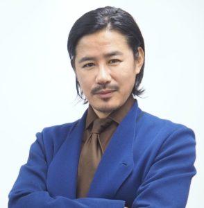 新 兄弟 井浦 井浦新「裸のイメージしかないかもしれませんが」俳優・アキラ100%を絶賛 :